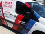reklamni-materijal-swa-tim-auto-grafika-brendiranje-vozila-lepljenje-vozila-reklama-na-vozilu-stampa-na-vozilu-28