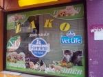 reklamni-materijal-swa-tim-brendiranje-izloga-stamapa-za-stakla-grafika-25